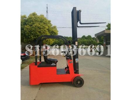 1.5吨电动叉车